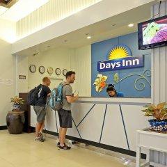 Отель Days Inn by Wyndham Patong Beach Phuket Таиланд, Карон-Бич - 1 отзыв об отеле, цены и фото номеров - забронировать отель Days Inn by Wyndham Patong Beach Phuket онлайн фото 9
