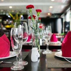 Отель Halong Carina Cruise Вьетнам, Халонг - отзывы, цены и фото номеров - забронировать отель Halong Carina Cruise онлайн гостиничный бар