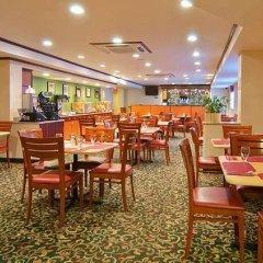 Отель Fairfield Inn by Marriott JFK Airport США, Нью-Йорк - отзывы, цены и фото номеров - забронировать отель Fairfield Inn by Marriott JFK Airport онлайн питание фото 3