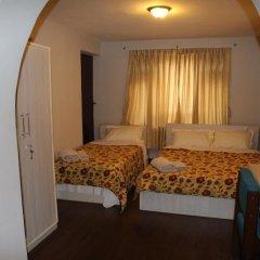 Отель Guheswori bed and breakfast Непал, Лалитпур - отзывы, цены и фото номеров - забронировать отель Guheswori bed and breakfast онлайн комната для гостей фото 4