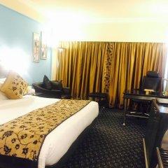 Отель The Suryaa New Delhi комната для гостей фото 4