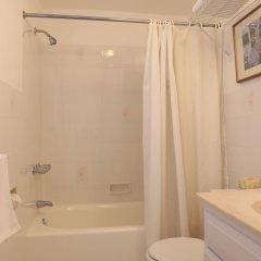 Edgehill Manor Guest House in Pembroke, Bermuda from 349$, photos, reviews - zenhotels.com bathroom photo 2