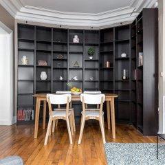 Апартаменты Jussieu - Latin Quarter Apartment комната для гостей фото 5