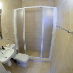 Отель Pallinio Apartments Кипр, Протарас - отзывы, цены и фото номеров - забронировать отель Pallinio Apartments онлайн ванная фото 2