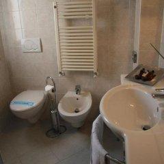 Отель Ariston Hotel Италия, Милан - 5 отзывов об отеле, цены и фото номеров - забронировать отель Ariston Hotel онлайн ванная