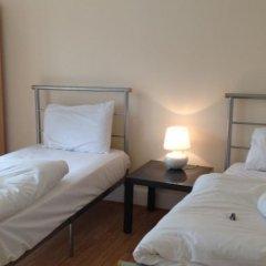 Отель Lathom Cottage Лондон комната для гостей фото 4
