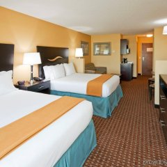 Отель Holiday Inn Express & Suites Somerset Central удобства в номере