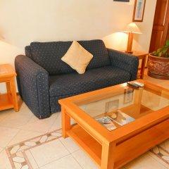 El Ameyal Hotel & Family Suites комната для гостей