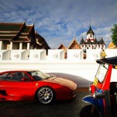 Отель Siamese Views Lodge Бангкок парковка