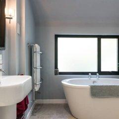 Отель 4 Bedroom House In Brighton Великобритания, Хов - отзывы, цены и фото номеров - забронировать отель 4 Bedroom House In Brighton онлайн ванная фото 2