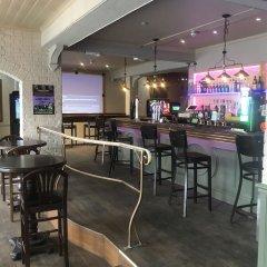 Отель The Dorrington Великобритания, Халстед - отзывы, цены и фото номеров - забронировать отель The Dorrington онлайн гостиничный бар