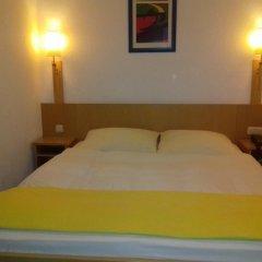 Отель Hansa Hotel Германия, Дюссельдорф - отзывы, цены и фото номеров - забронировать отель Hansa Hotel онлайн сейф в номере