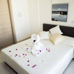 Отель St. Nicolas Elegant Residence сейф в номере