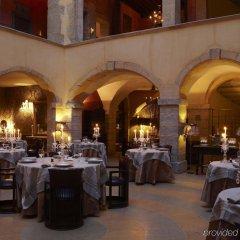 Отель Cour Des Loges Hotel Франция, Лион - 1 отзыв об отеле, цены и фото номеров - забронировать отель Cour Des Loges Hotel онлайн помещение для мероприятий