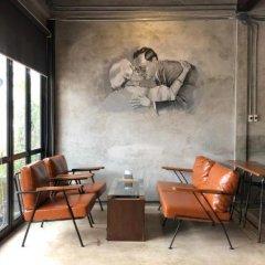 Dilokchan Hostel Бангкок интерьер отеля фото 2