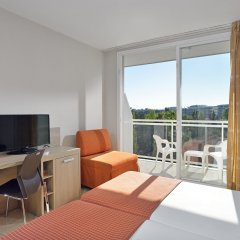 Отель Sol Costa Daurada Salou комната для гостей фото 3
