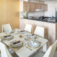 Отель Luxury Staycation - Continental Tower в номере