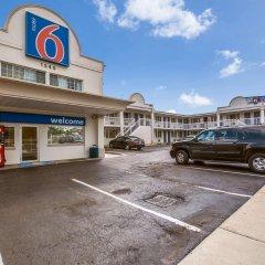 Отель Motel 6 Washington DC Convention Center парковка