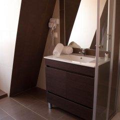 Отель Lisbon Arsenal Suites Лиссабон ванная фото 2