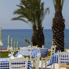King Evelthon Beach Hotel & Resort фото 2