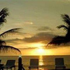 Отель Lanta Palace Resort And Beach Club Таиланд, Ланта - 1 отзыв об отеле, цены и фото номеров - забронировать отель Lanta Palace Resort And Beach Club онлайн пляж