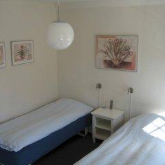 Отель Amalie Bed and Breakfast & Apartments Дания, Оденсе - отзывы, цены и фото номеров - забронировать отель Amalie Bed and Breakfast & Apartments онлайн комната для гостей