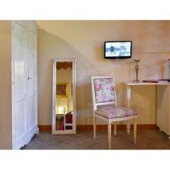 Отель Antico Casale Италия, Сан-Джиминьяно - отзывы, цены и фото номеров - забронировать отель Antico Casale онлайн удобства в номере