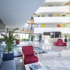 Отель Q Boutique Spa бассейн