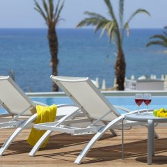King Evelthon Beach Hotel & Resort бассейн фото 5