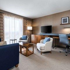 Отель Sheraton Toronto Airport Hotel & Conference Centre Канада, Торонто - отзывы, цены и фото номеров - забронировать отель Sheraton Toronto Airport Hotel & Conference Centre онлайн комната для гостей фото 5