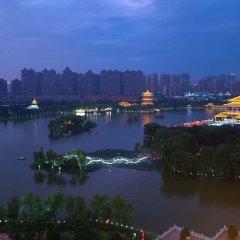 Отель Fu Rong Ge Hotel Китай, Сиань - отзывы, цены и фото номеров - забронировать отель Fu Rong Ge Hotel онлайн приотельная территория