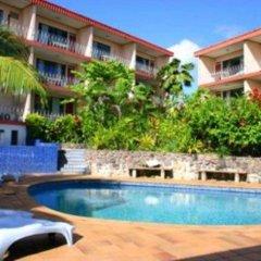Отель Capricorn Apartment Hotel Suva Фиджи, Вити-Леву - отзывы, цены и фото номеров - забронировать отель Capricorn Apartment Hotel Suva онлайн бассейн фото 2