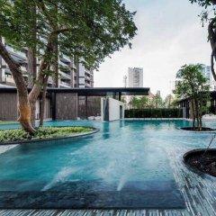 Отель Away Baan Plai Haad Wongamat бассейн