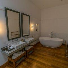 Отель Fort Bazaar Шри-Ланка, Галле - отзывы, цены и фото номеров - забронировать отель Fort Bazaar онлайн ванная фото 2