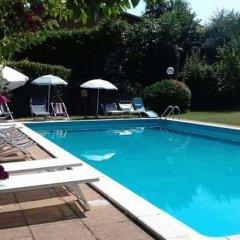 Hotel Tenesi Манерба-дель-Гарда бассейн фото 3