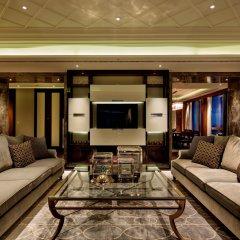 Hilton Istanbul Bomonti Hotel & Conference Center интерьер отеля