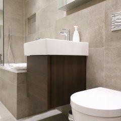 Отель Stylish & Modern 1BD Kensington Flat, Sleeps 2 Великобритания, Лондон - отзывы, цены и фото номеров - забронировать отель Stylish & Modern 1BD Kensington Flat, Sleeps 2 онлайн ванная