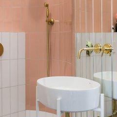 Отель Aparthotel Nowy Świat 28 Польша, Варшава - отзывы, цены и фото номеров - забронировать отель Aparthotel Nowy Świat 28 онлайн ванная