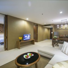 Отель Sunsuri Phuket гостиничный бар