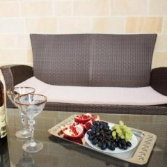 Гостиница Sun House в Ольгинке отзывы, цены и фото номеров - забронировать гостиницу Sun House онлайн Ольгинка