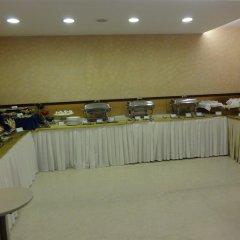 Отель Tulip Inn West Delhi питание