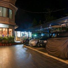 Отель Trekkers Inn Непал, Покхара - отзывы, цены и фото номеров - забронировать отель Trekkers Inn онлайн парковка
