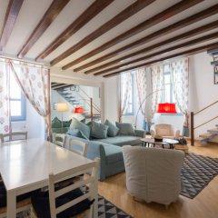 Отель Vittoria Enchanting - Three Bedroom интерьер отеля