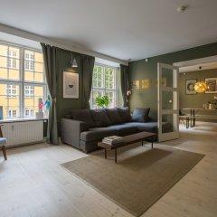 Отель Spacious designer-home by Amalienborg Дания, Копенгаген - отзывы, цены и фото номеров - забронировать отель Spacious designer-home by Amalienborg онлайн комната для гостей