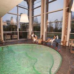 Отель Agriturismo Cascina Caremma Бесате бассейн фото 3