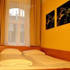Отель Early Bird Hotel Австрия, Вена - отзывы, цены и фото номеров - забронировать отель Early Bird Hotel онлайн комната для гостей фото 3