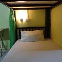 Отель Hugs Guesthouse комната для гостей фото 3