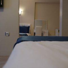 Reydel Hotel сейф в номере