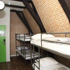Отель International Budget Hostel City Center Нидерланды, Амстердам - 1 отзыв об отеле, цены и фото номеров - забронировать отель International Budget Hostel City Center онлайн бассейн