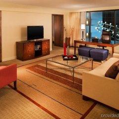 Отель Sheraton Bloomington Блумингтон комната для гостей фото 2